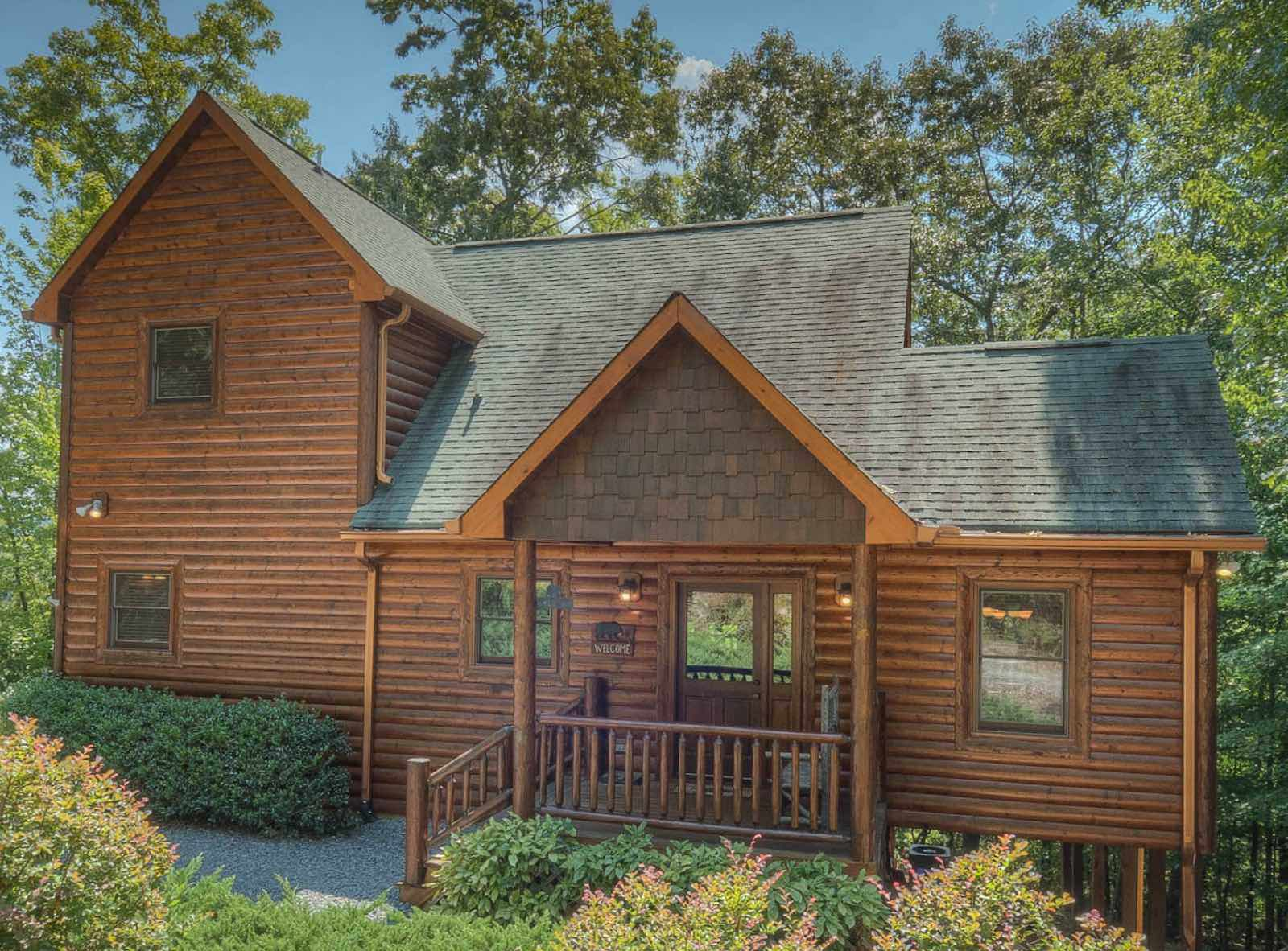 o vacation in cabins homeaway a rent sitting romantic directly getaway for rental georgia cozy