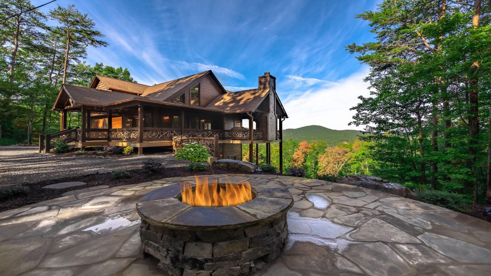 Amazing Grace Cabin Cabin Rental