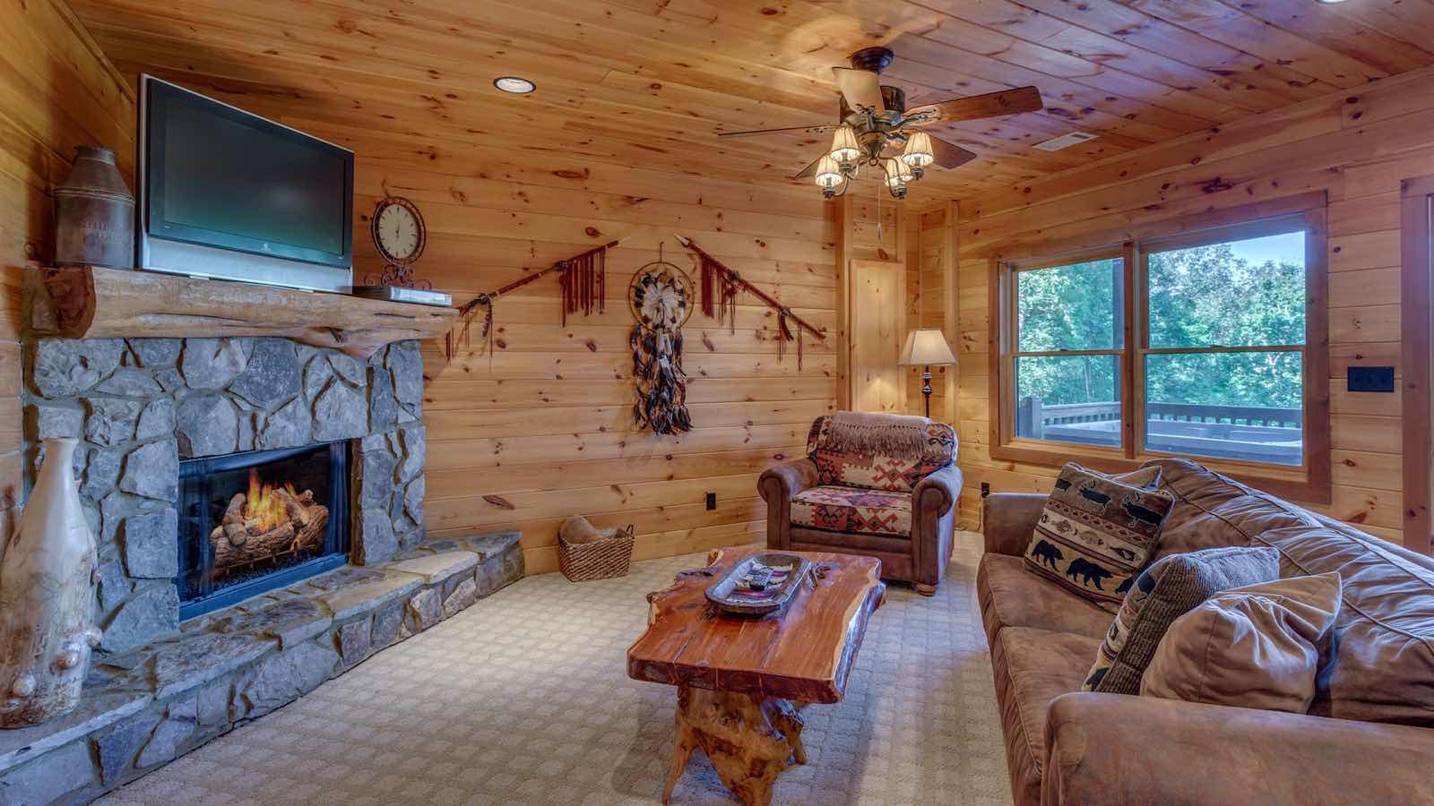 downtown blue ridge ga lodging accommodations On black bear cabin rental