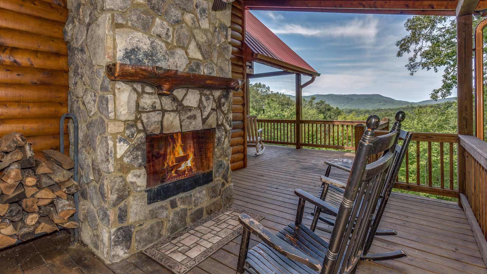 black bear lodge rental cabin blue ridge ga On black bear cabin rental