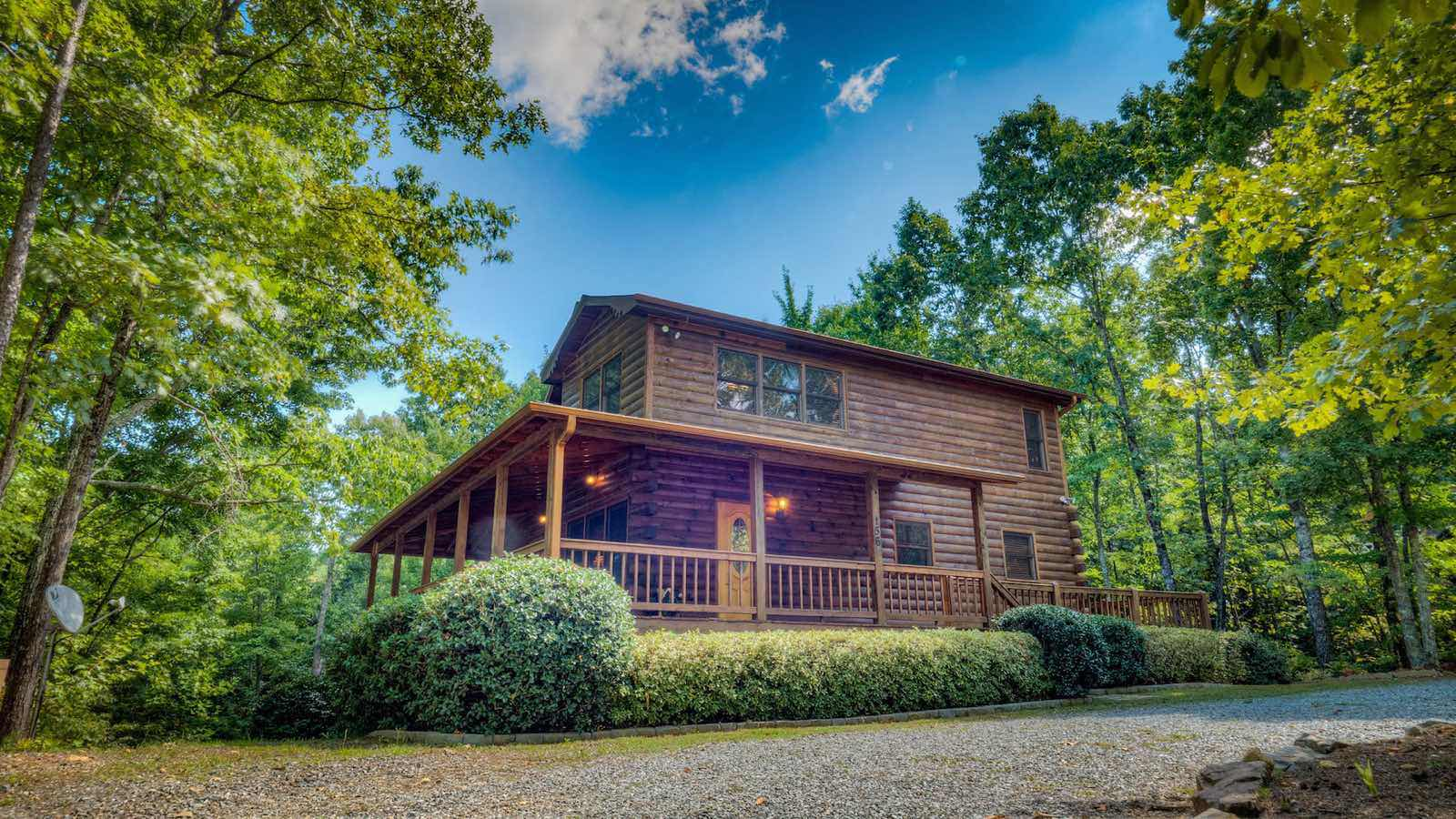 Blue Ridge Treasure Cabin Rental