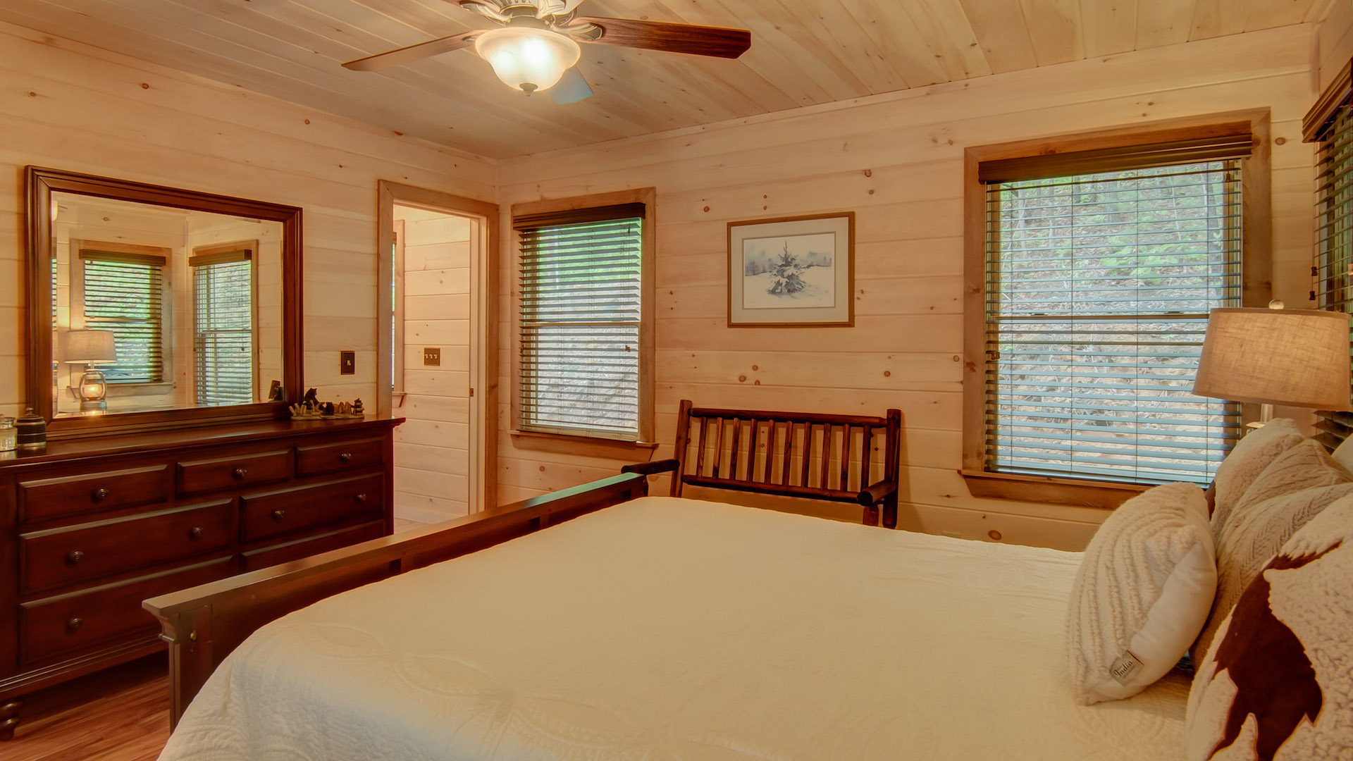 Blue Sky Lodge Rental Cabin - Blue Ridge, GA
