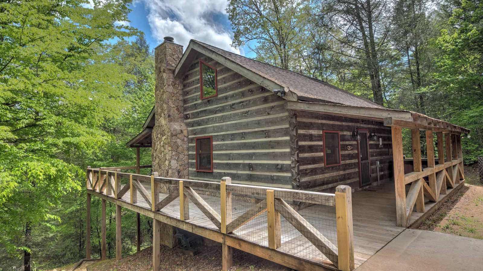 Cozy creek cabin rental cabin blue ridge ga for Cozy cabins rentals