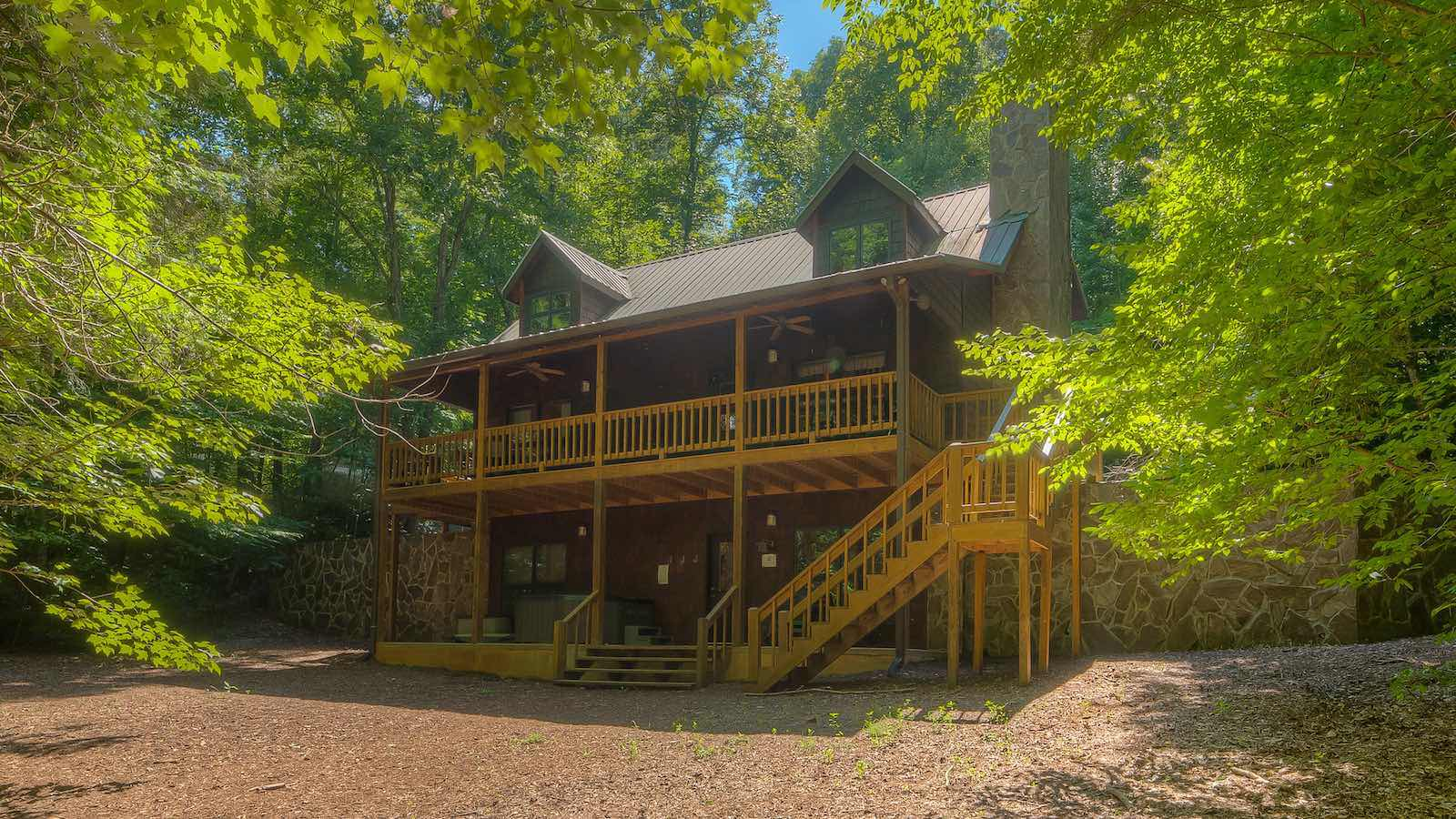 Creekside Hideaway Cabin Rental