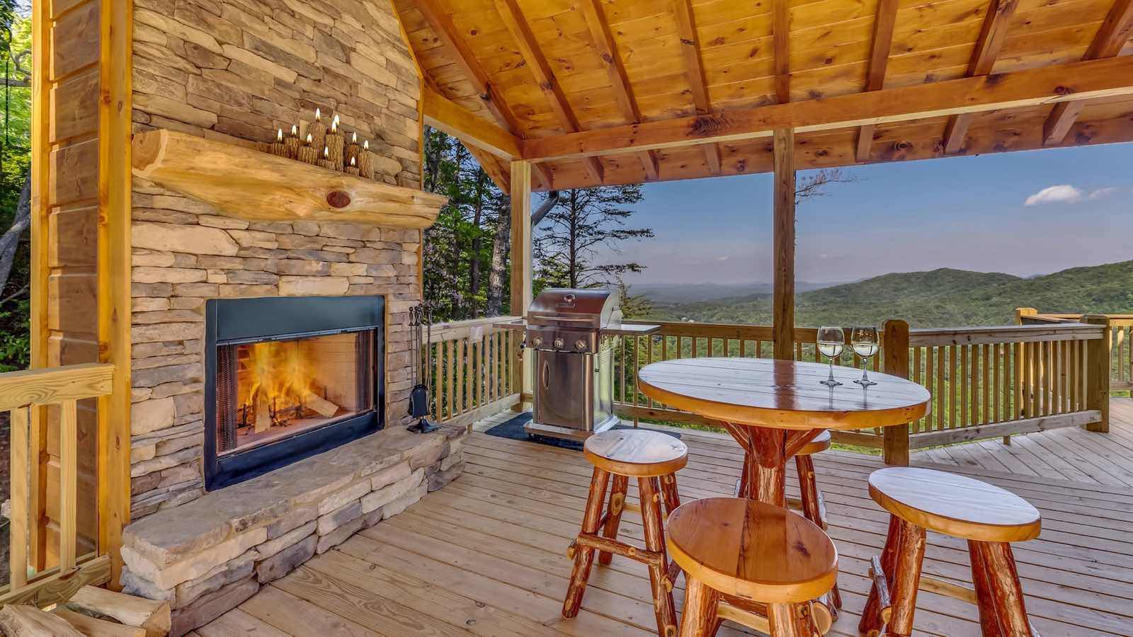 Glass Lodge Blue Ridge Ga : Endless view lodge rental cabin blue ridge ga