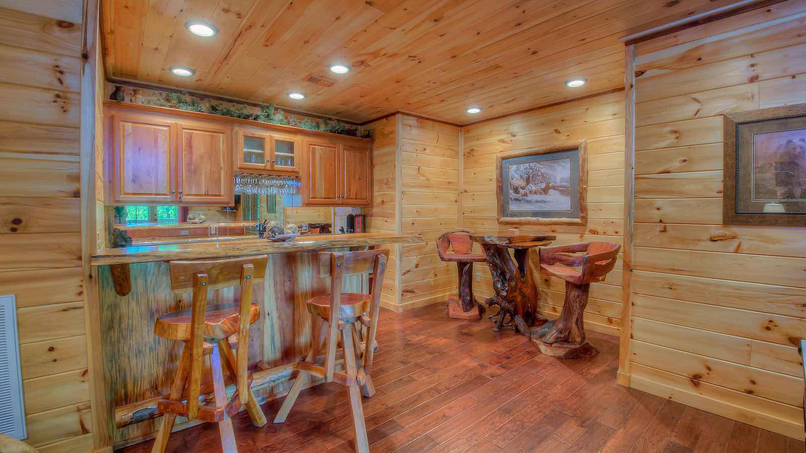 with private pet luxury for outdoor rentals gatlburg owner mountain cabins access mounta gatlinburg rent cab smoky by friendly pool tn indoor log cabin