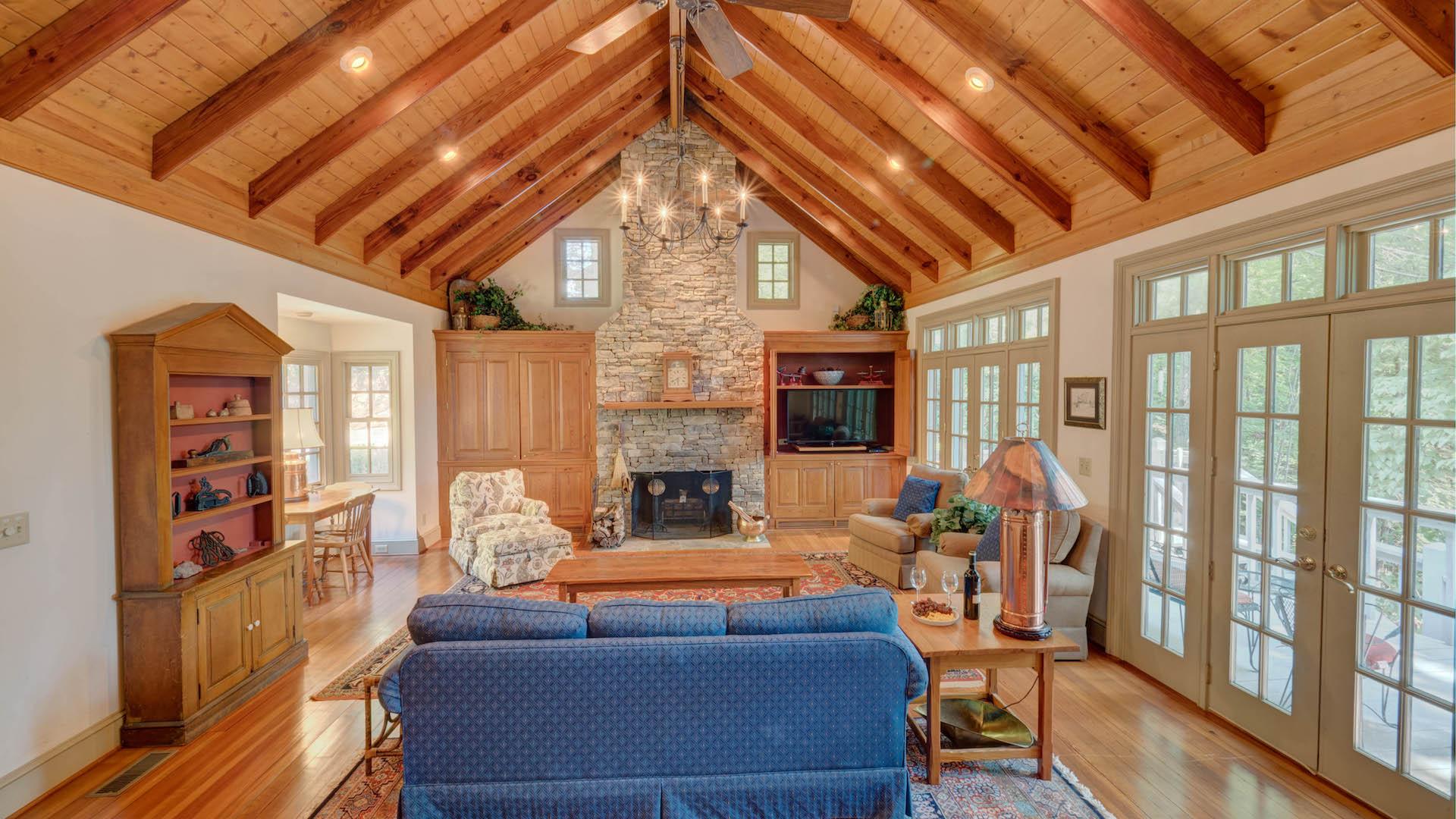 Gleesome Inn On Lake Blue Ridge Rental Cabin Blue Ridge Ga