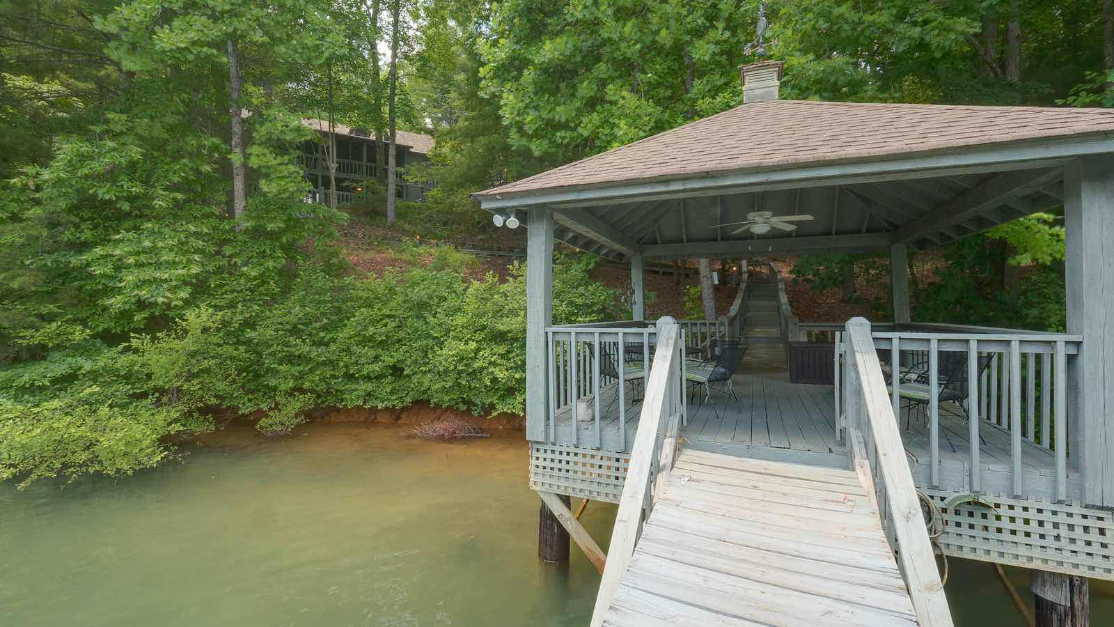 Blue Ridge Mountain Cabin Rentals 33