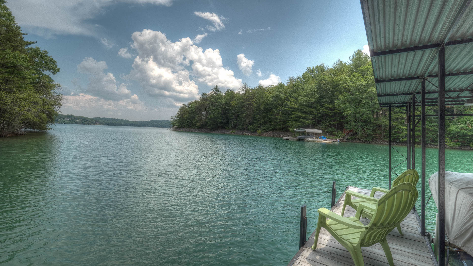 Gleesome Inn  on Lake Blue Ridge   Cabin Rental