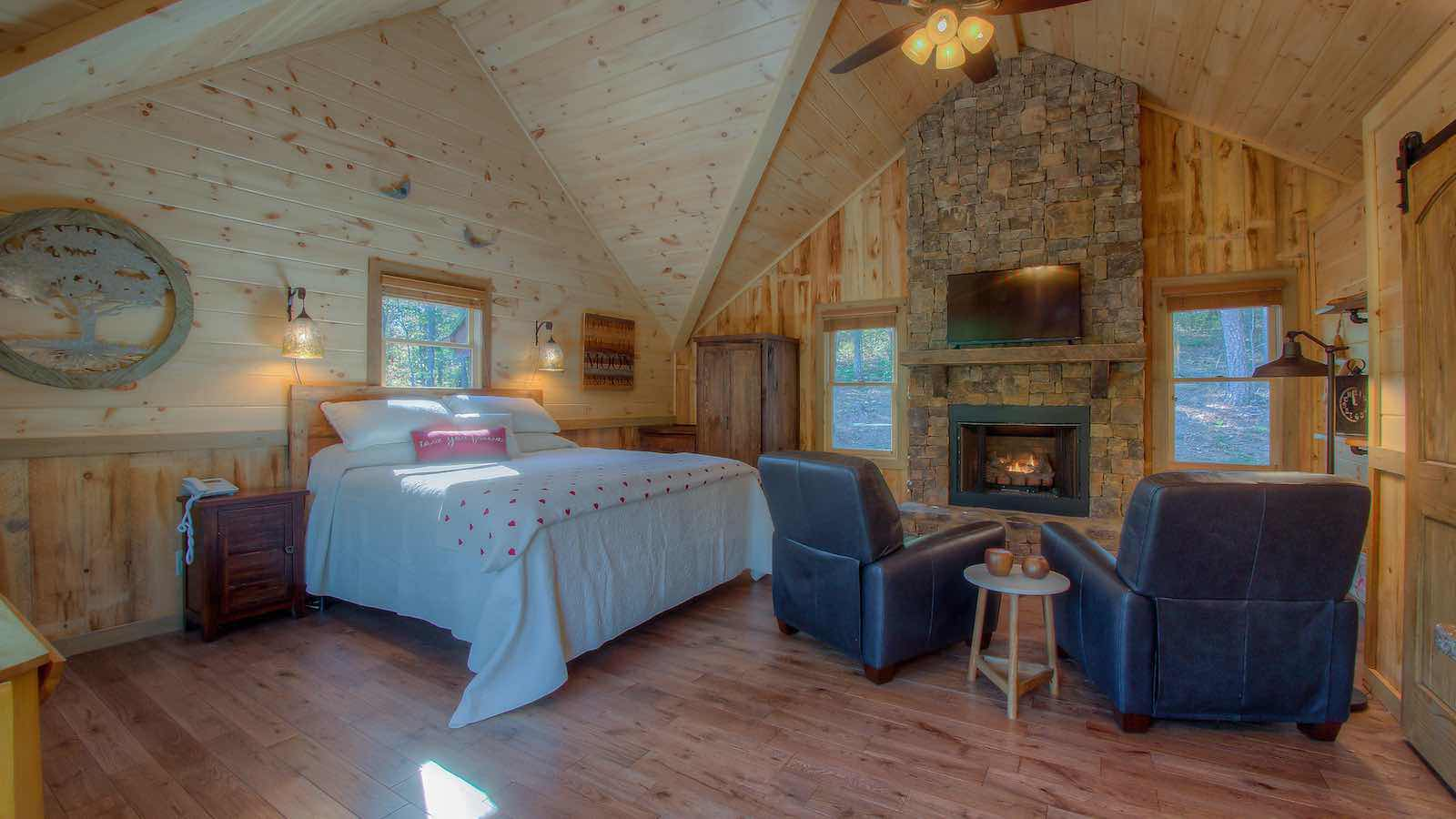 Living Waters Guest House  Cabin Rental