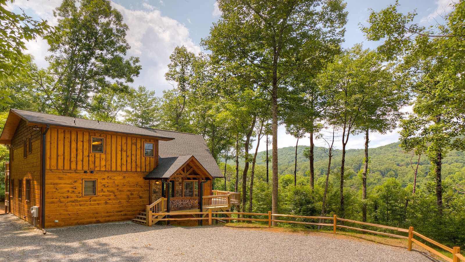 Mountain Creek Escape  Cabin Rental