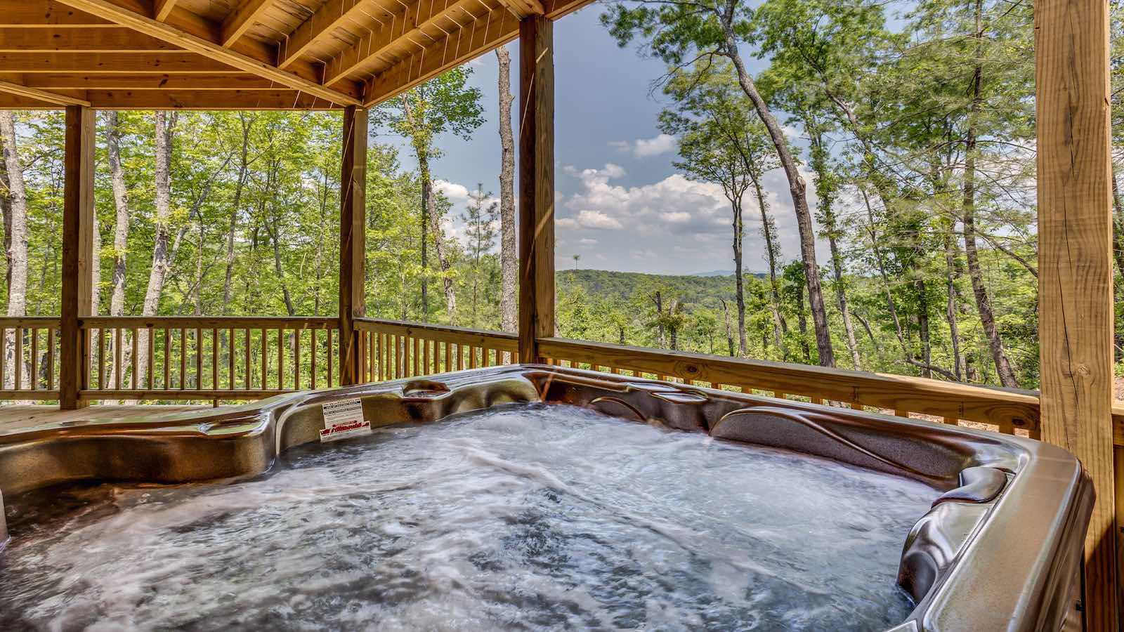 Mountain top serenity rental cabin blue ridge ga for Best place to rent a cabin