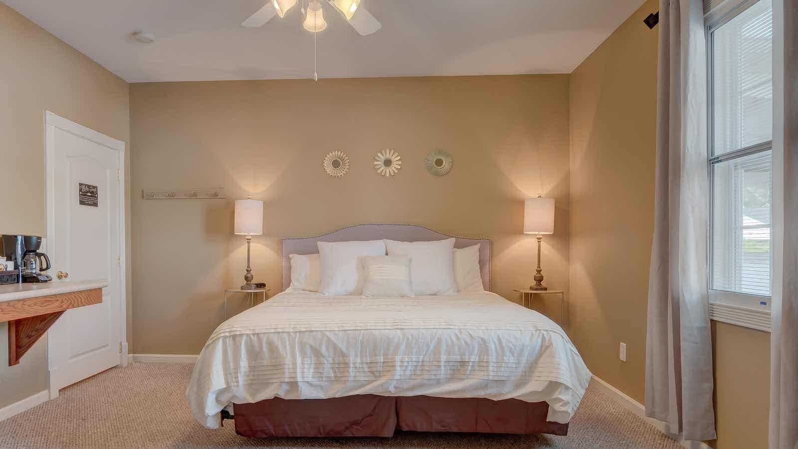 Downtown Blue Ridge West Main Suite 2 Cabin Rental
