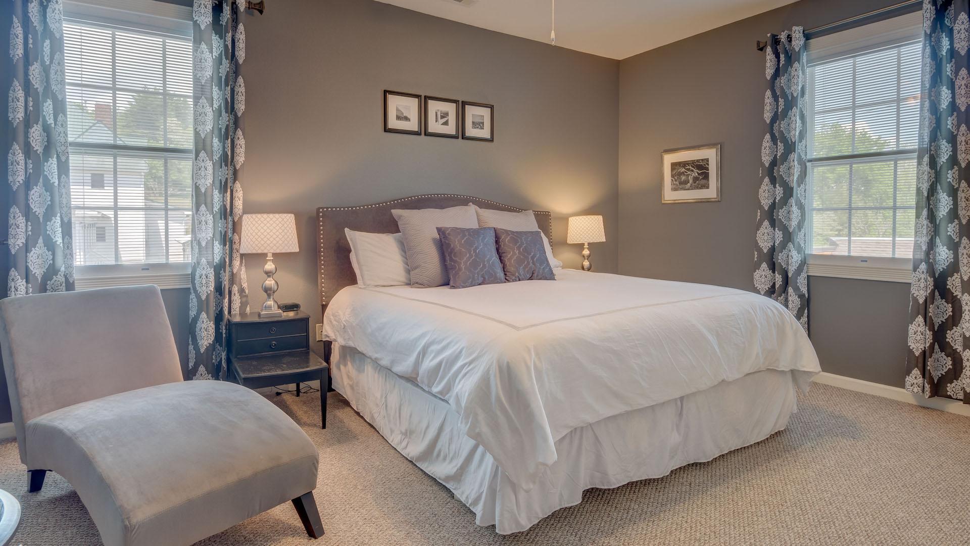 Downtown Blue Ridge West Main Suite 3