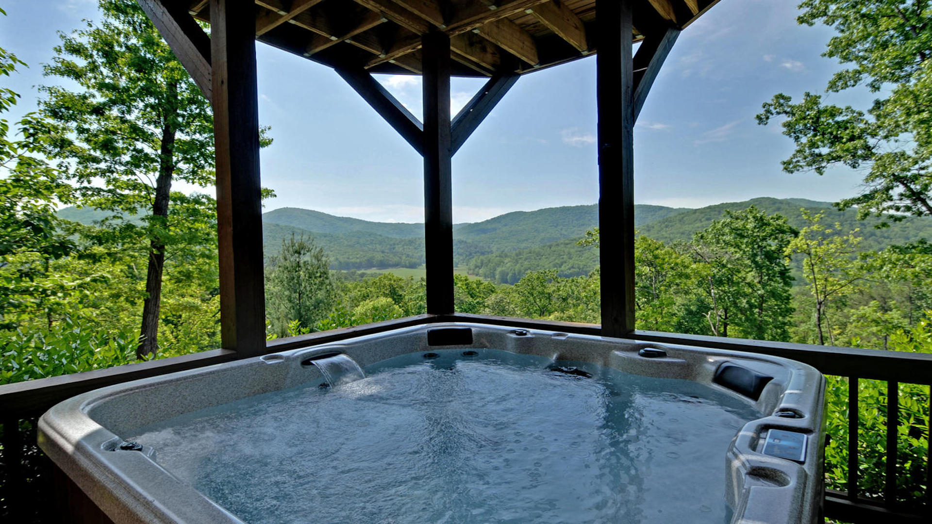 Big Sky View Rental Cabin - Blue Ridge, GA