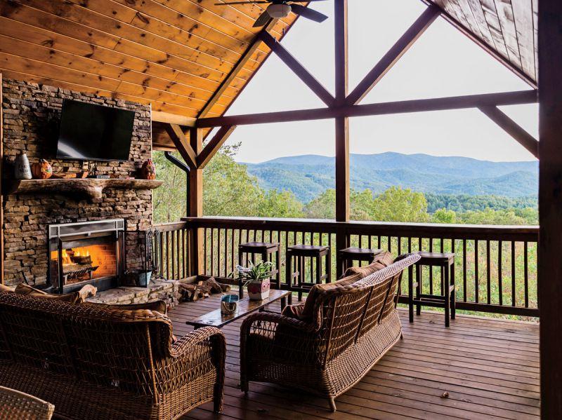 Georgia's Coolest Mountain Town