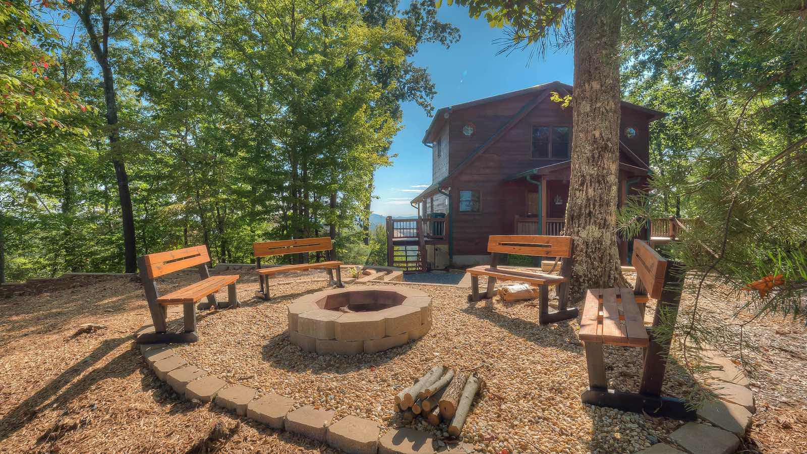 At Sunrise Ridge Rental Cabin Blue Ridge Ga